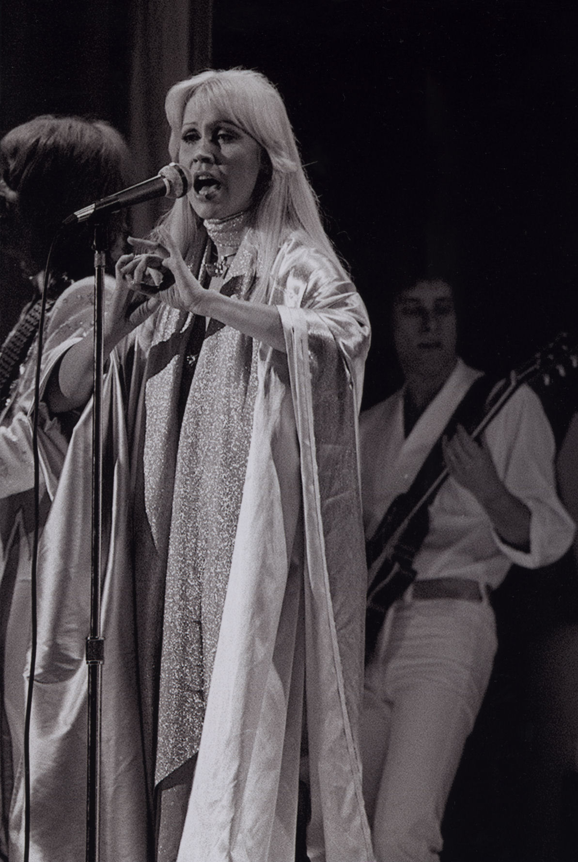 abba_gg_stage_bw