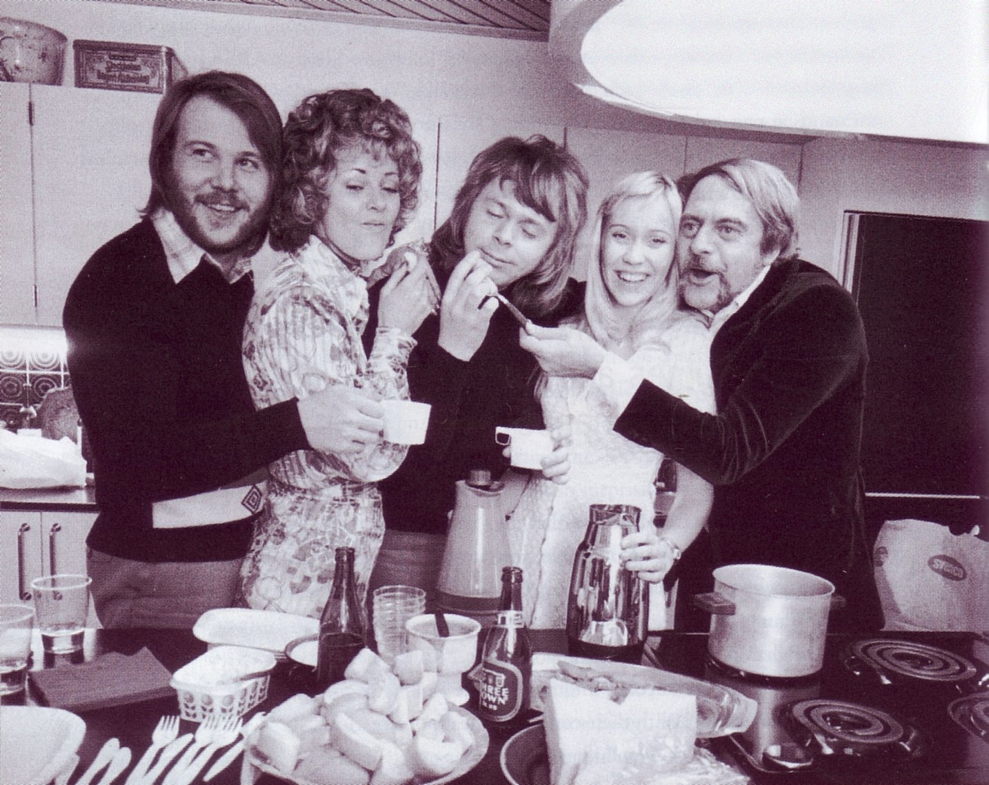 abba_waterloo_in_kitchen