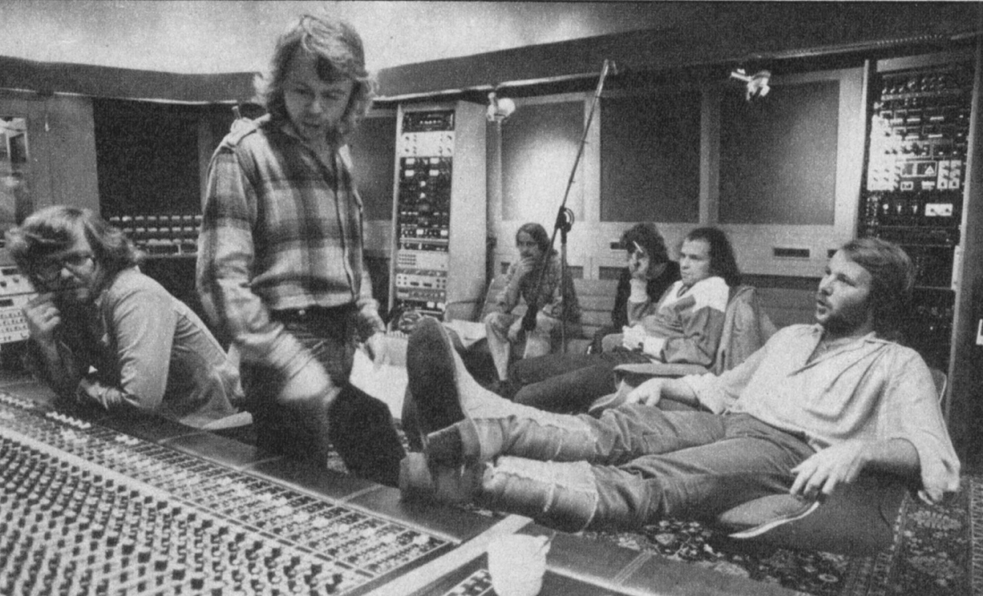 benny_bjorn_in_studio_for_super_trouper