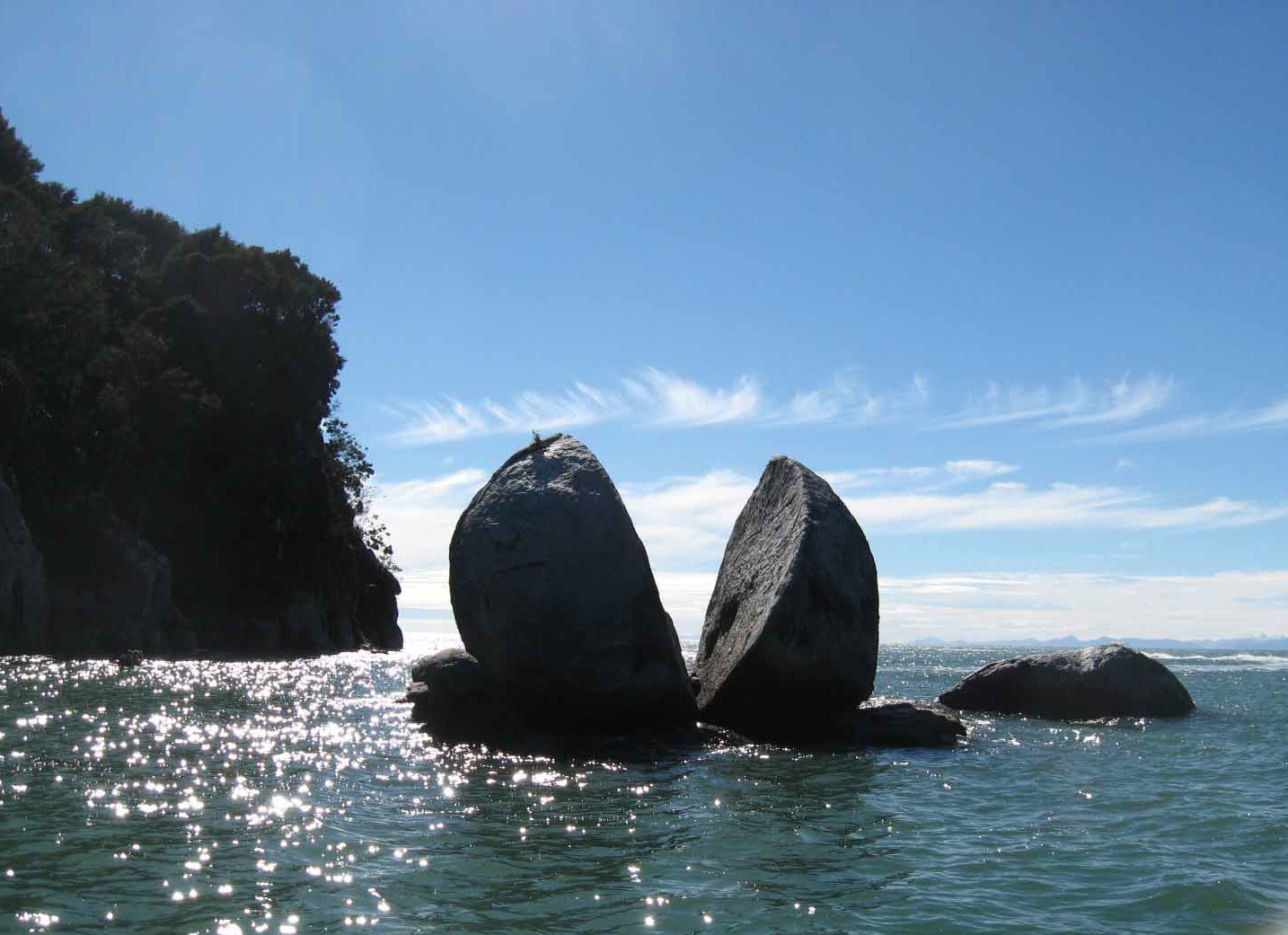 split_apple_rock_nelson