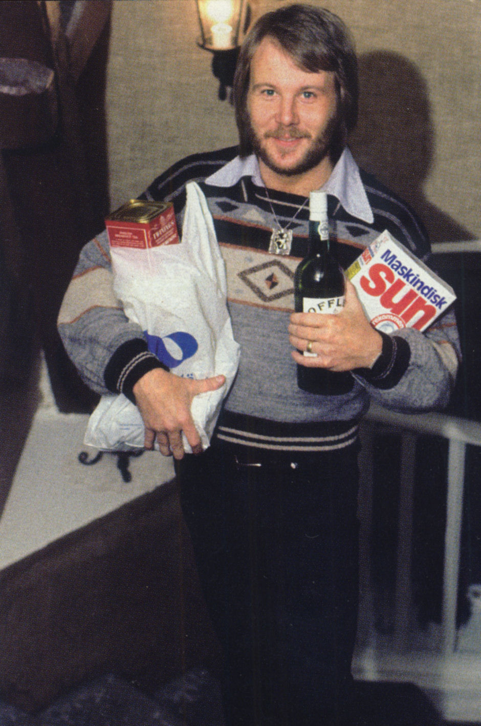 benny_with_groceries