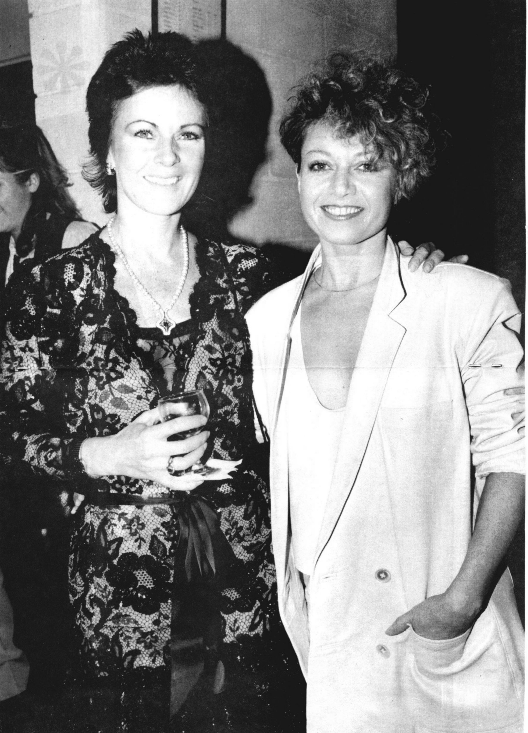 frida_and_elaine_paige