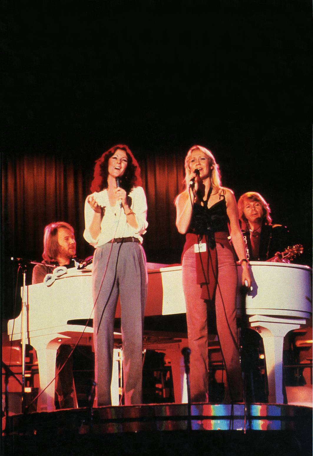abba_on_stage4